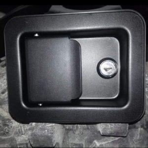 Kapı kilidi anahtarli jeep.cj willys serilerine
