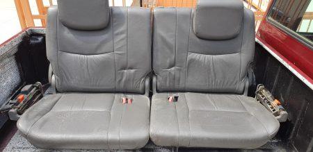 Toyota prado arka bagajdaki koltukları
