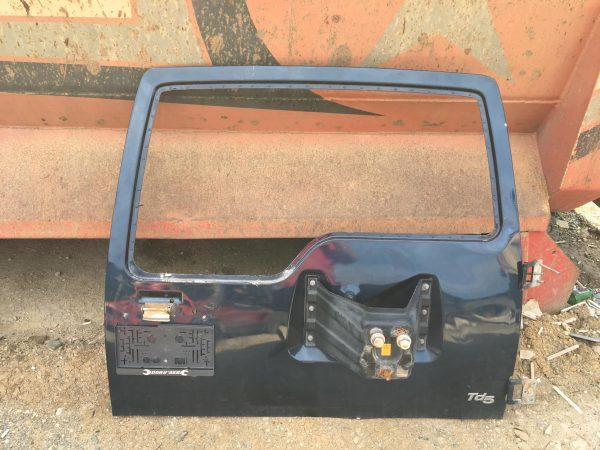 Discovery 2 arka bagaj kapağı
