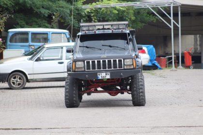 Jeep Cherokee 4.0 1990 Gözler üzerinizde olacak