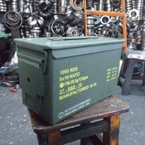 Metal sandık 100tl Çok temiz 05376789873