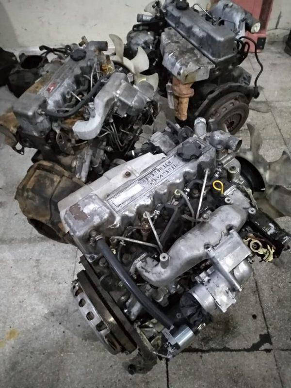 Nisan BD 30 motor  Cherokee V8