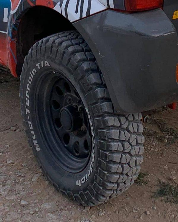 215/75-15 BFGoodrich Mud Terrain lastik (4 adet)