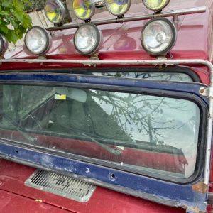 Cj5 1969-1975 arası ön cam siperliği 05066090700