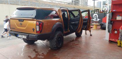 Nissan Navara 2.3dci Platinium Çöl Sarısı 4x4