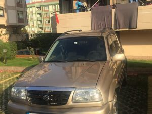 Az km'de temiz Suzuki Grand Vitara
